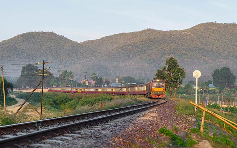 train bangkok to siem reap